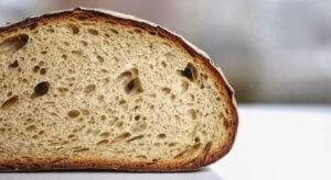 cuocere il pane tecniche